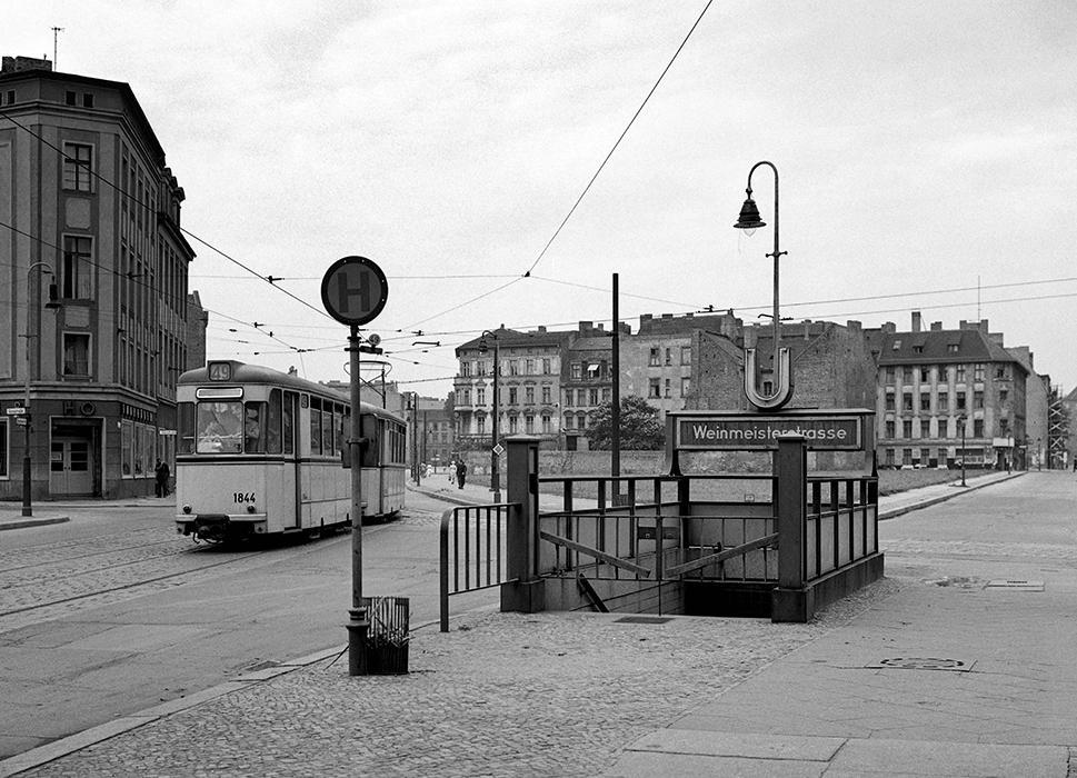 U-Bhf. Weinmeisterstraße 1965