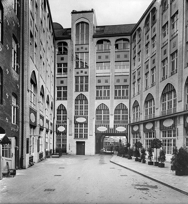 Hof 1 Hackesche Höfe 1917